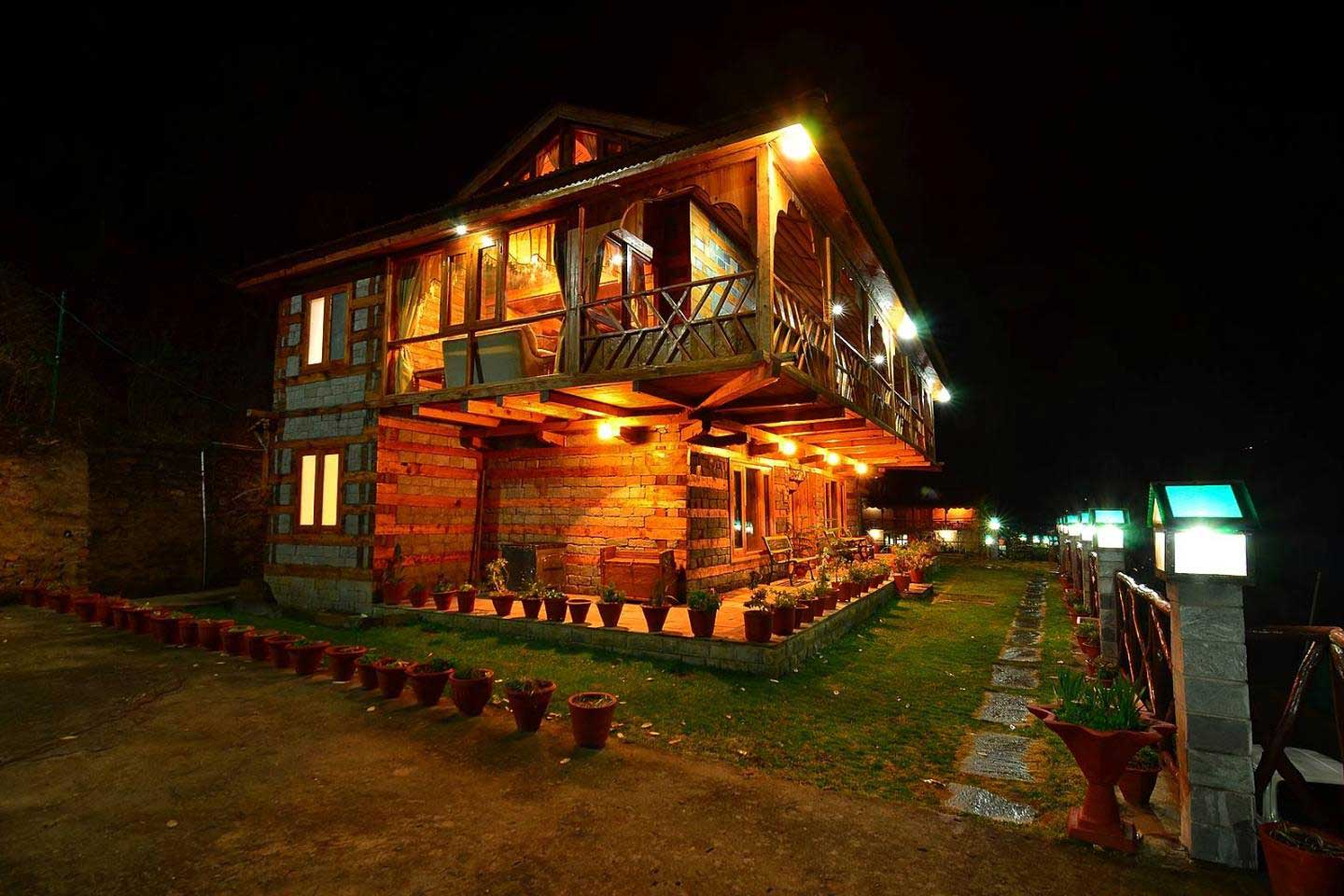 traditional cottage in kullu